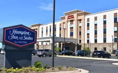 Medium Level Hotels near the Graves Mountain Music Festival - over 500 rooms available
